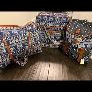 Handbags - 3 pc Combo Duffle Light Weight Luggage Set